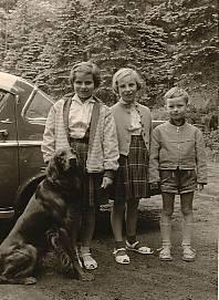 v.l.n.r Barbara, Gerti und Artur Schmitt mit Treff